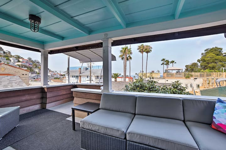 NEW! Charming Catalina Home w/Deck, 0.1Mi to Beach