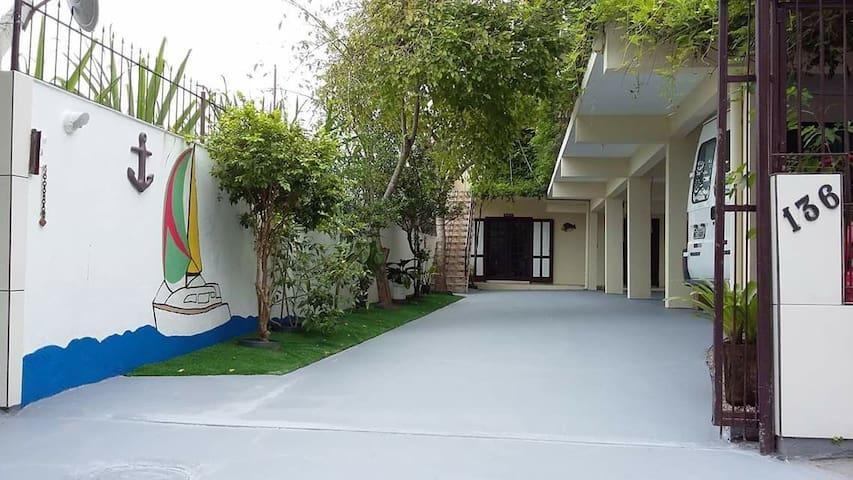 Apartamento em Canasvieiras a 300m da praia (solt)
