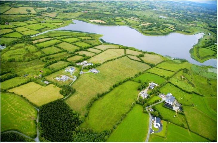 Lakeside Paradise - Cavan - Apartment