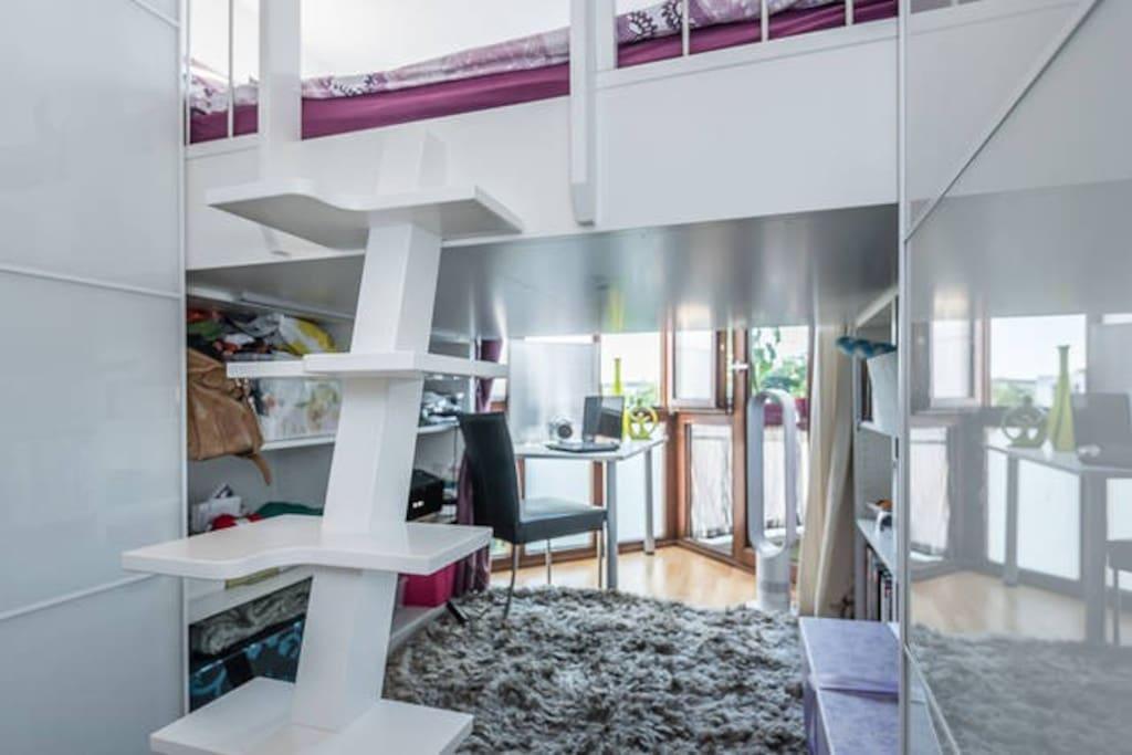 helles modernes kleines zimmer hochbett 160x220. Black Bedroom Furniture Sets. Home Design Ideas