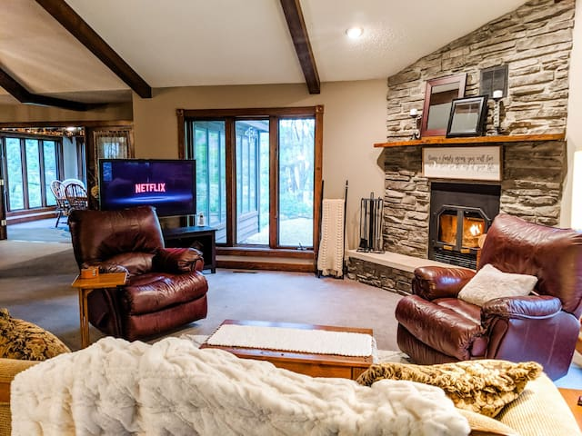 Springview Suite at Rustic Acres