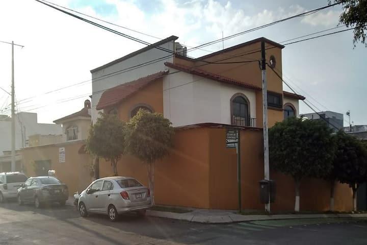 Casa, Bella,  Contemporánea Californiana-Española