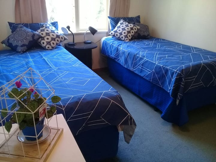 2single bed room close2 Wellington:holiday/longtem