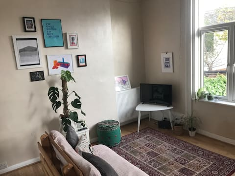 Warm and cosy studio flat - centrally located