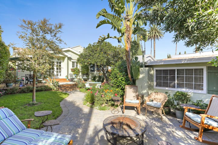 Picturesque Guesthouse in the Heart of Hollywood