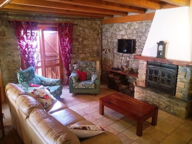 Borda Restaurada en Vall d'Arant - Les - Ev