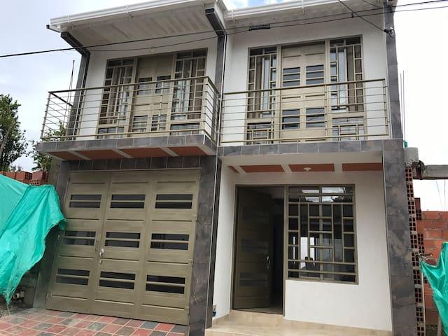 Casa cerca a san gil - Oiba