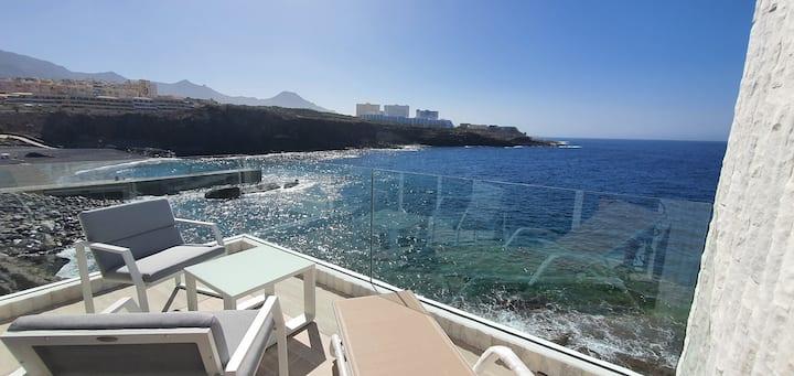 Stunning Sea View FREE WIFI