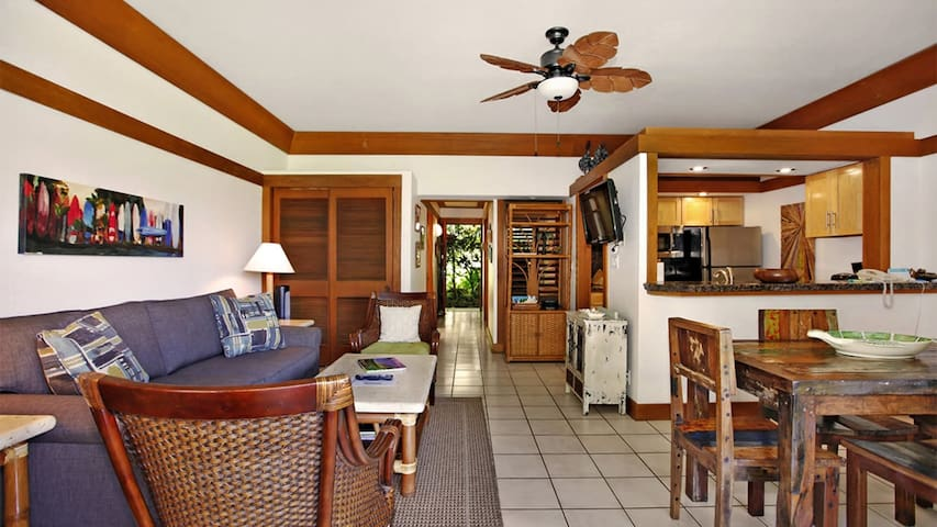 We recently changed the décor to a surfing/fun/beach theme and added a new sleeper sofa, dining room set, console, night stands, new washer/dryer and shower.  We have been told it is one of the nicest garden view units at Kiahuna Plantation.