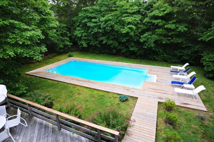 Have It All in East Hampton!