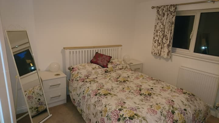 Comfy Double Room in Towcester near Silverstone