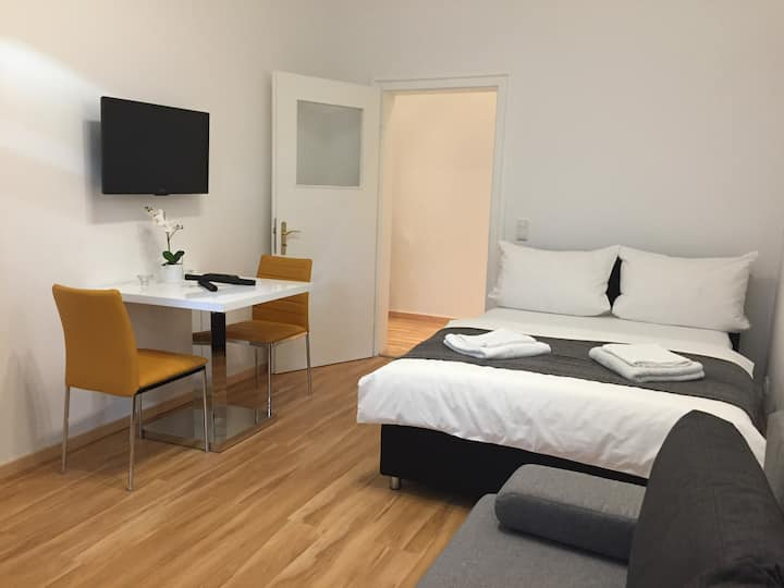 Beautiful apartment in Neuhausen