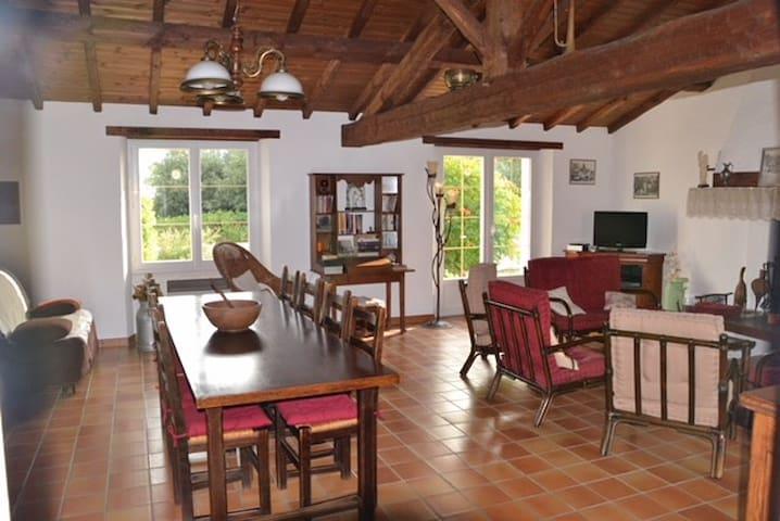 Maison au calme avec vue sur le marais