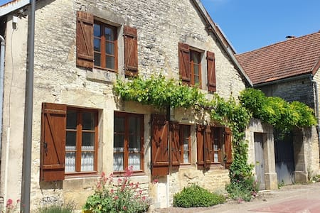 Charming country house along the Crémant road