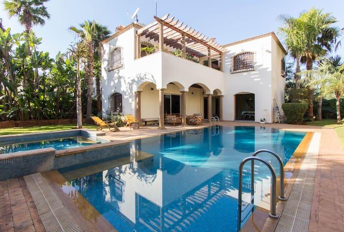 Villa avec piscine Bd panoramique