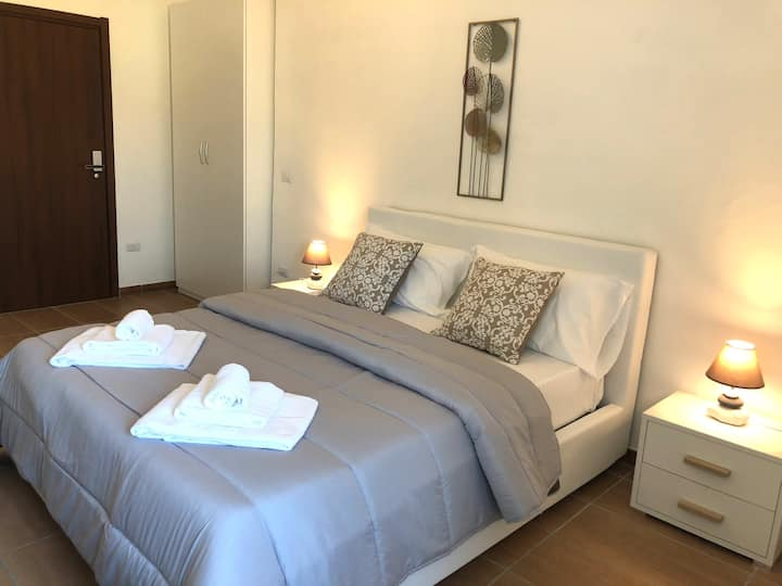 Naro Suites - Rooms - Apartments