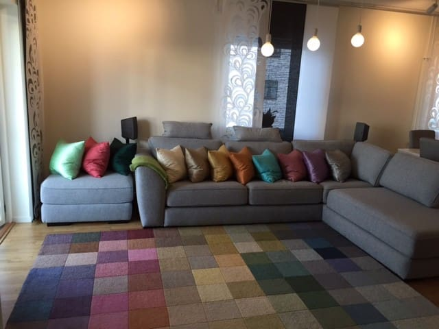 Newly built apartment with 5min to subway - Sztokholm - Apartament