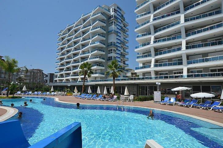 Уютные апартаменты в одном из лучших комплексов - Cikcilli Belediyesi - Departamento