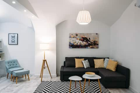 Harlequin 4 star apartment in the downtown