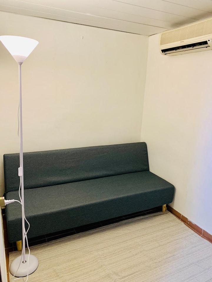 佐敦服務式公寓(A19) Jordan Service Apartment (A19)