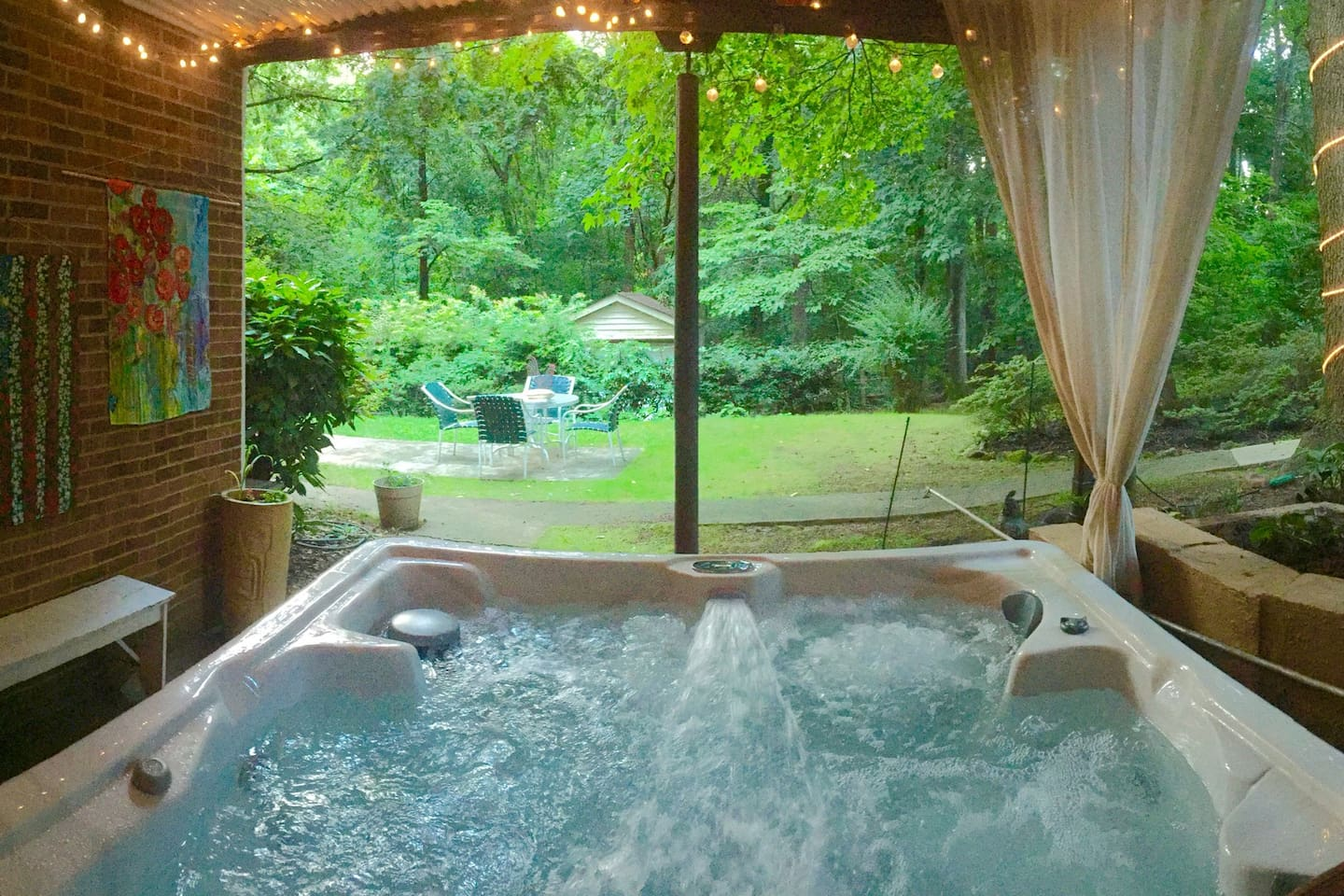 Private Garden Suite- Hot Tub, Breakfast, Chickens - Guest suites ...