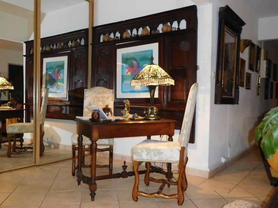 Le lit clos breton et le bureau