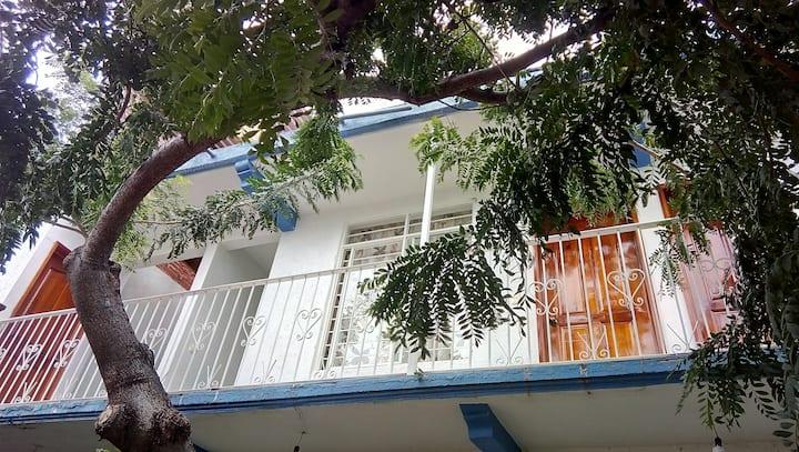 Habitación cercana al centro.