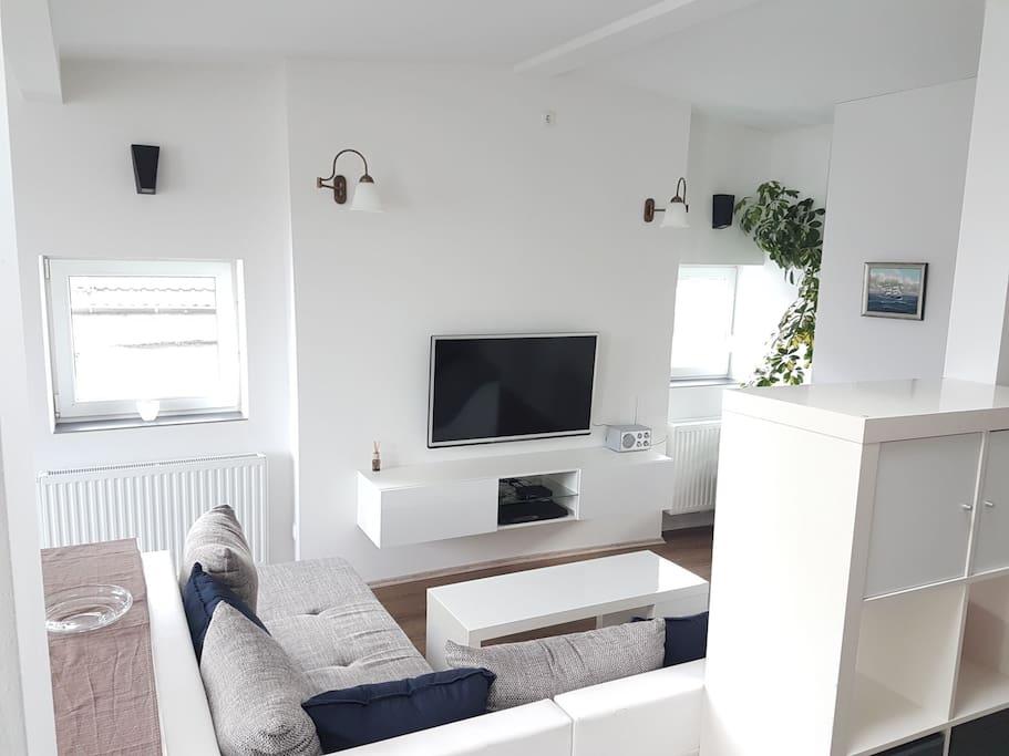moderne helle wohnung im beliebten bremer 1 4 condos zur miete in bremen bremen deutschland. Black Bedroom Furniture Sets. Home Design Ideas