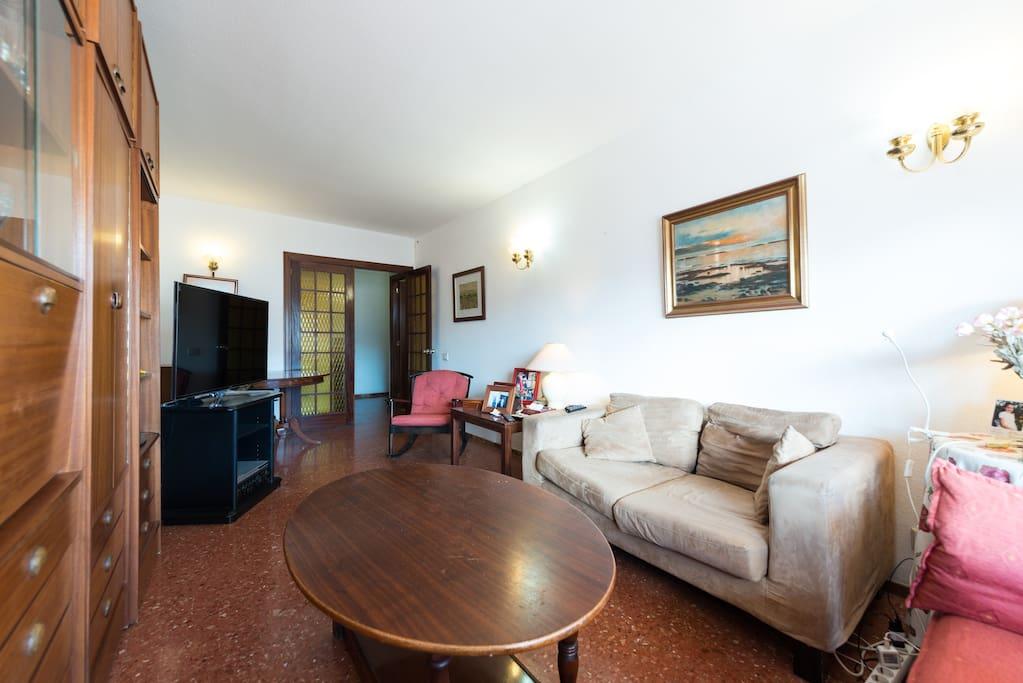 Bonito piso frente muelle deportivo apartamentos en - Compartir piso en las palmas ...