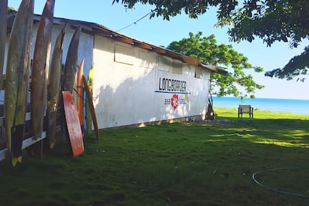 The Longboarder Surf Hostel -  Ocean Front Room
