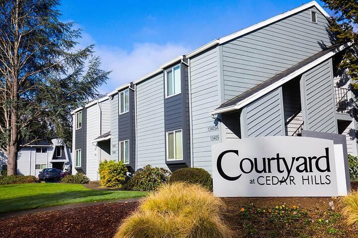Modern Apartment Homes in Heart of Beaverton