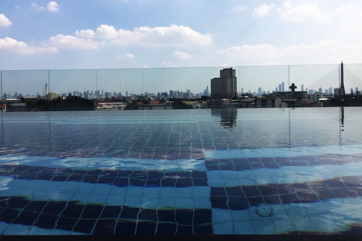 Old town, MRT, Fitness Sauna and Pool
