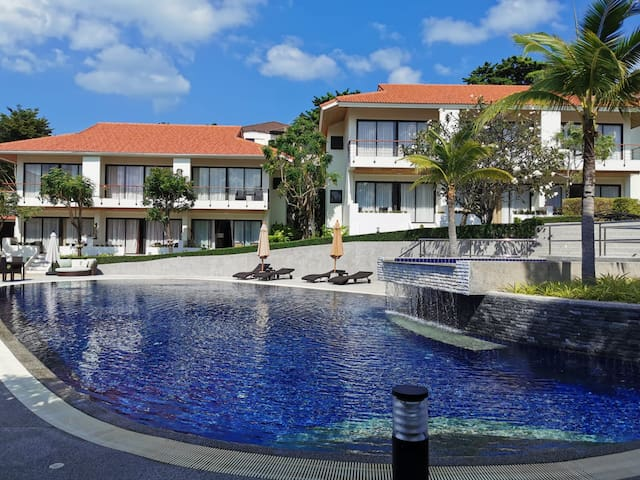 4 Bedroom Twin Houses - near beach (CMG)