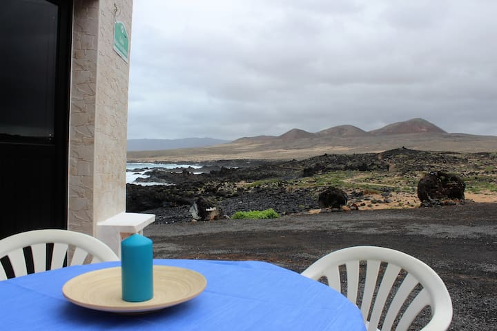 Apartamento frente al mar - Caleta de Caballo