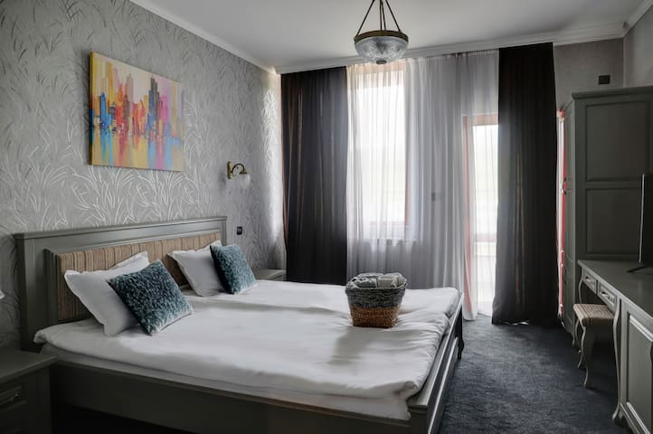 Deluxe Double Room 103