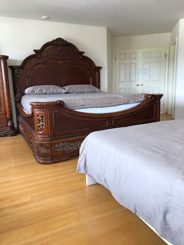 Luxury Master bedroom with private bathroom