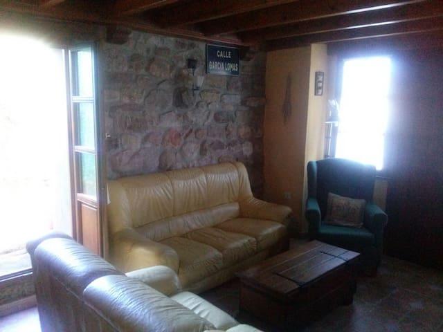 Alquiler de casa en Molledo. - Molledo