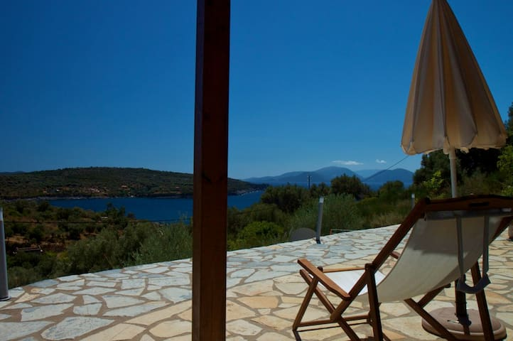 "Appartamento ""nautilus"" in villa vista mare - Lefkada - Appartement"