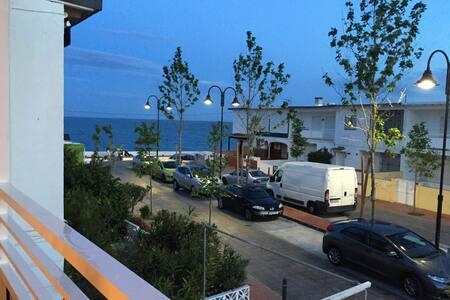 50 meters from the local beach - La Cala de Mijas - Apartment