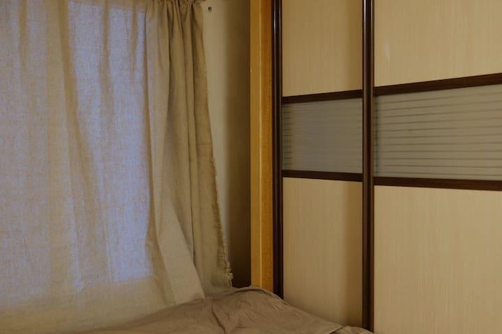 晓港站地铁上盖 日常workshop 带投影 日式简约LOFT大床单双人房 2号房