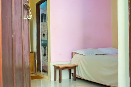 Comfortable room close to the beach - Anjuna