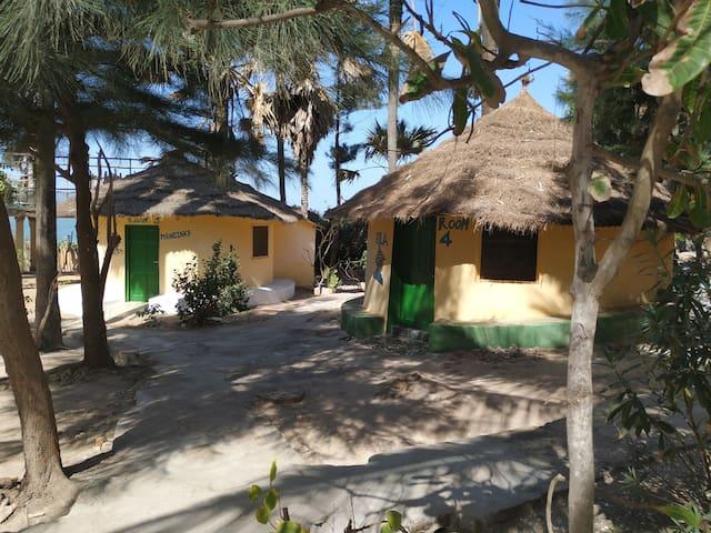 SouthGambiaKartong Paradisebeach@35meters,2persons