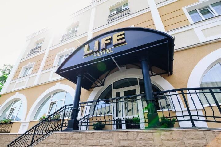 """Современный отель категории """"Три звезды"""""""