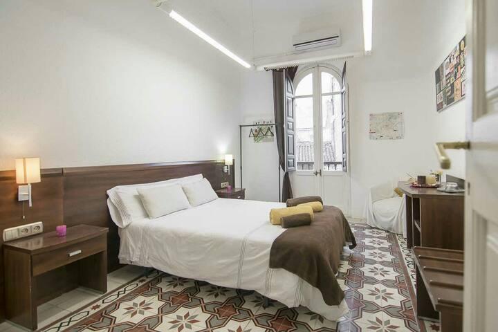 Room Center Gran Vía 2 Wifi+Key Air - Grenade - Bed & Breakfast