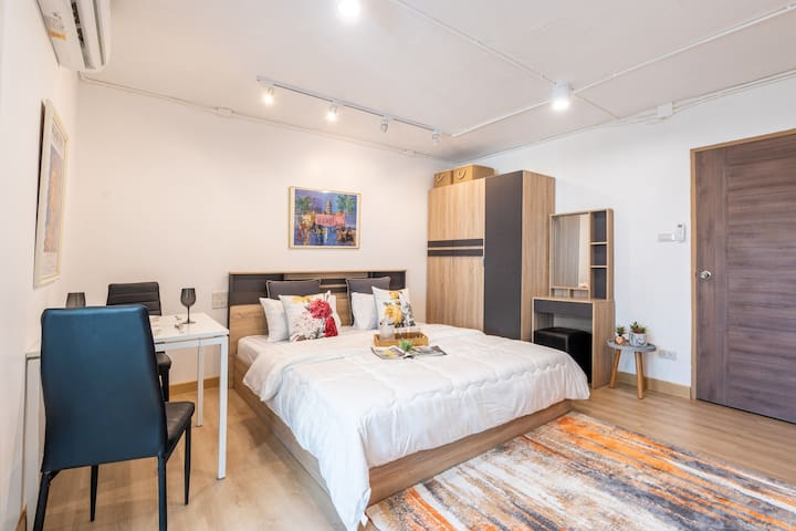 Clean and Functional Space in Nimman, 24 Sq Studio