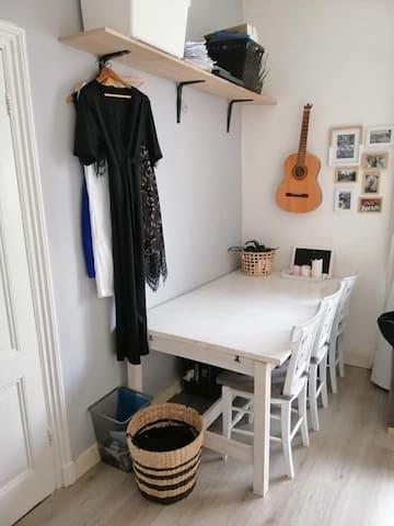 Cosy room in Wittevrouwen (Utrecht)!