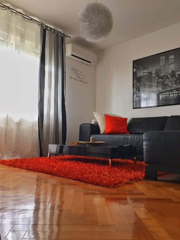 Modern & cozy flat in peaceful area