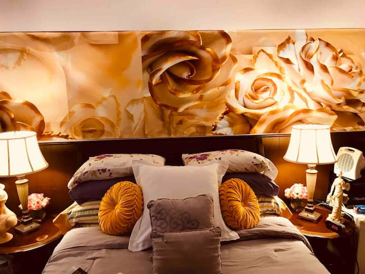 The Paris Suite at The Montego Bay House (luxury)