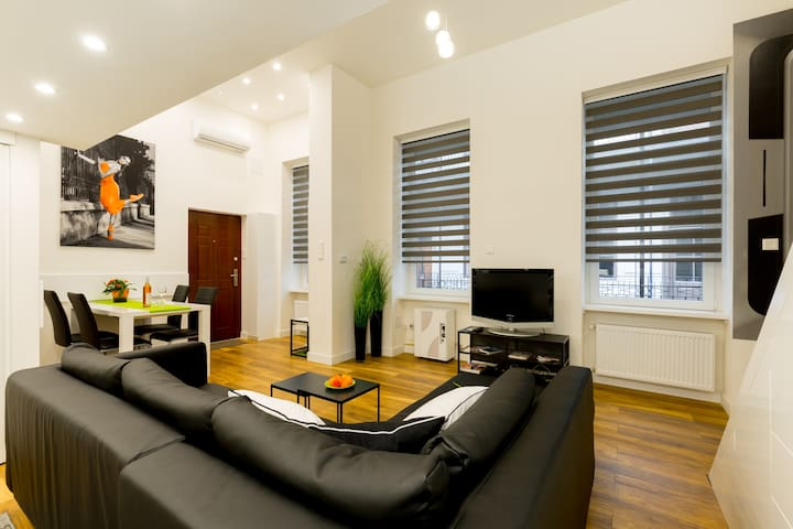 3D Budapest Downtown Deluxe / WiFi, AC & comfort