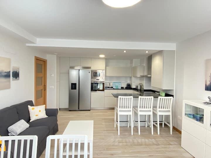 Apartamento nuevo, accesible y con piscina !!!